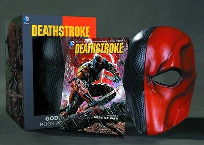 Deathstroke Book and Mask Set (Paperback), Daniel, Tony S., Flore. 9781401259983
