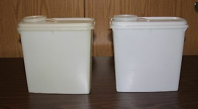 2 Tupperware Cereal - Snack Keeper Containers