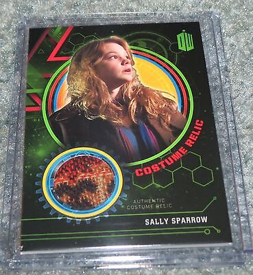 2016 Doctor Who Extraterrestrial Encounters Sally Sparrow Costume 166 / 499