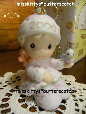 Precious Moments~ORNAMENT~Babys First Christmas~DATED 2000~girl~730092~Bird