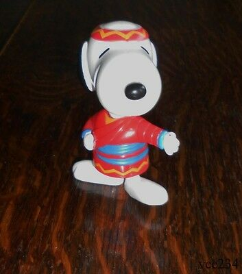 """McDonald's Snoopy Figure-Taiwan-Collectable-Plastic-1999-3.5""""-World Tour"""