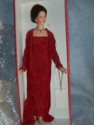 """Robert Tonner- 20"""" Paige doll in Red, LE500"""