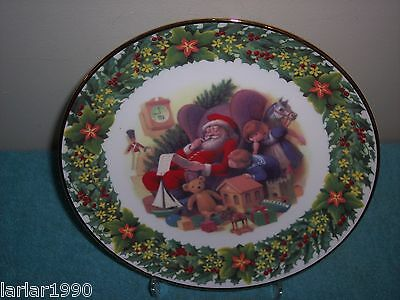 """Royal Albert """"santa's Little List"""" Holiday Collectors Plate~New W/outtag"""