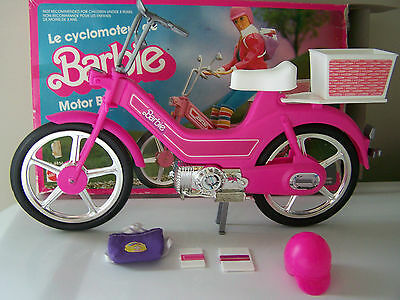 VINTAGE BARBIE MOTOR BIKE with Realistic Motor Noise no 4856 COMPLETE IN BOX