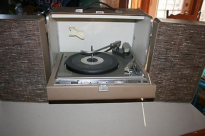 General Electric 300 Solid State Stereo Transistor Works Perfectly Very Nice!!