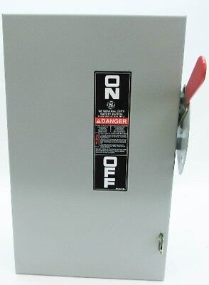 New General Electric GE TG3222 60 Amp 240V Fusible Safety Switch 60A New no box