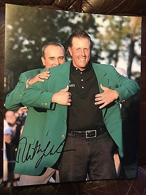 PHIL MICKELSON SIGNED MASTERS PHOTO.  GREEN JACKET WINNER From ANGEL CABRERA