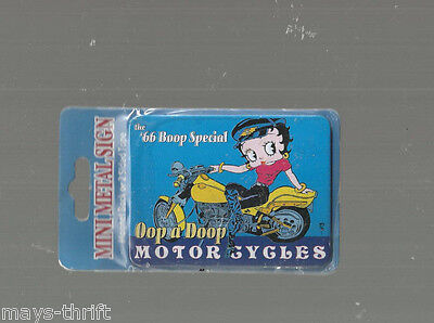 Betty Boop Mini  Metal Sign New Free Shipping