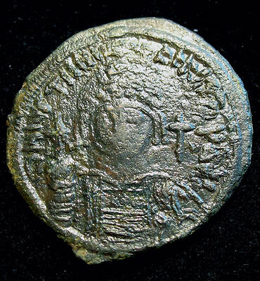 Justinian I - AE Follis 37mm KYZ