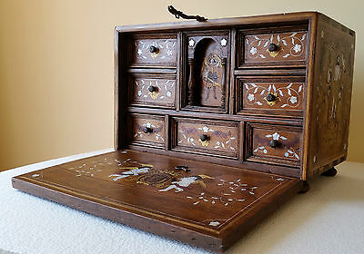 Antique Bargueño box chest resurrection jesus marquetry wooden colors ivory 19th