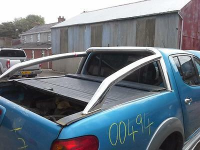 2006  Mitsubishi L200 Rear Pickup Roll Bars With Roller Cover Roll Top