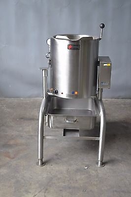 Used LEGION TEH-10F COMMERCIAL ELECTRIC STEAM  TILTING KETTLE, Free Shipping!!!