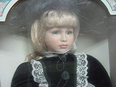 Nib Limited Edition Fine Porcelain Doll By Vanessa Ricardi 1998 Series