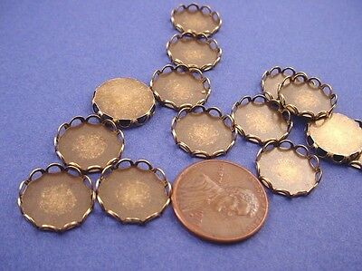 14 antique Brass ox lace edged round bezel settings 13mm