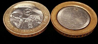 Two Pounds £2 Coin HUGE ERROR Unstuck Inner And Outer Unique 2002 Very Rare