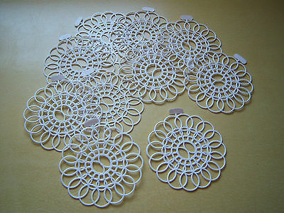 Vintage 1950's Tupperware White Plastic Doilies - Ten with Tags