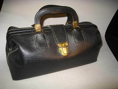 Vintage TUCKY Black Leather DOCTORS Medical BAG CENTER OPENING W/Handles CLEAN!