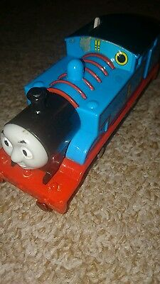 Tomy trackmaster thomas and friends train motorised thomas