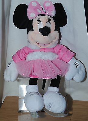 Disney Store 17 Inch Ice Skating Minnie Mouse Soft / Plush Toy Dated 2011 Vgc