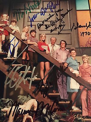 The Brady Bunch Florence Henderson 9 Cast SIGNED 8x10 PHOTO GA COA