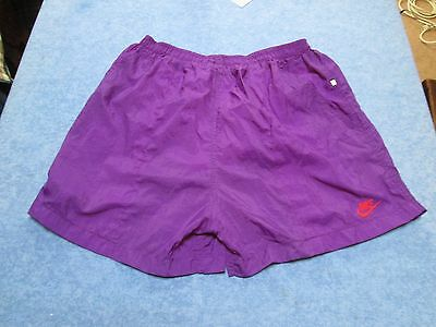 Fine vintage Leisure shorts by Nike, Large