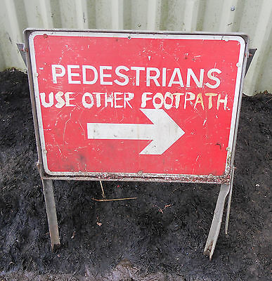 METAL Free STANDING Traffic A-BOARD ROADSIGN Road Sign - PEDESTRIAN DIRECTION