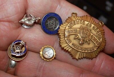 collect 5 antique Knights Templar masonic & shriner lapel pins & medals