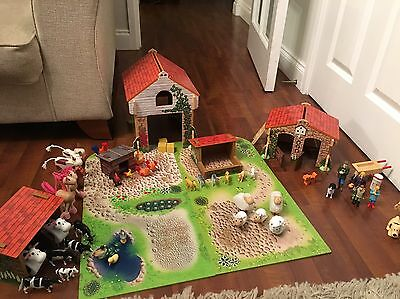 ELC Wooden Farm Set With People and Animals