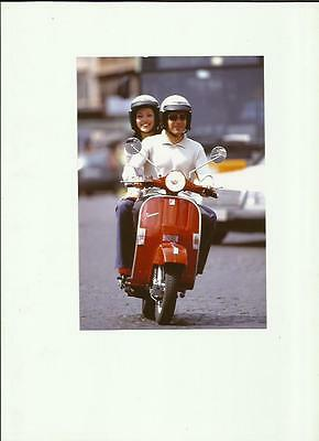 VESPA PX SCOOTER PRESS PHOTO 'brochure connected'