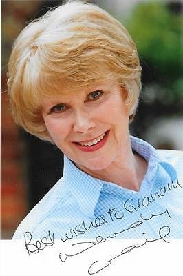 Signed Butterflies Wendy Craig Doctors The Royal Reggie Perrin Autograph