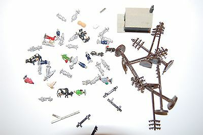 Job Lot Of N Gauge People,buildings And Layout Parts