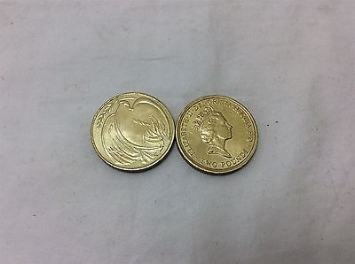 2x 1995 two pound coins £2 - Dove of Peace