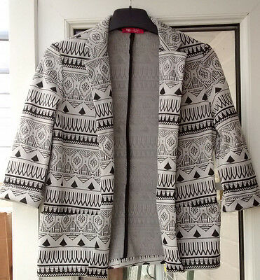 Girl's patterned edge to edge Jacket, 3/4 sleeves size 9/10 years by YD
