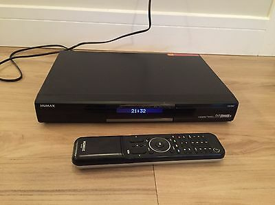 Humax PVR-9300T 500GB Digital TV Freeview + Recorder With Remote!