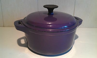 Purple Cast Iron Round Casserole Dish / Pot / Stockpot Dutch Oven with Lid