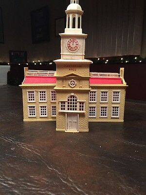 Plasticville PH-1  Independence Hall lionel O gauge Trains train layout as is