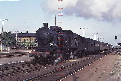 RUA665d POLAND steam locomotive Ok22-28 Original 35mm slide with copyright
