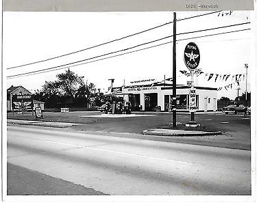 0917m  Original 1956 photo of a Flying A gas station located in Warwick RI