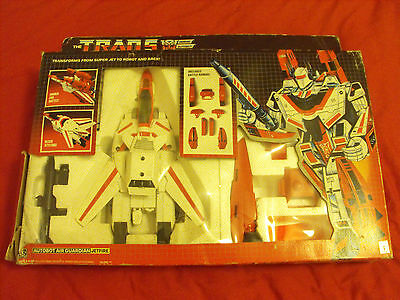 Transformers Generation 1, G1 Autobot Figure Jetfire Complete And Boxed