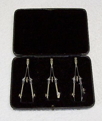 A Vintage 1950's Boxed Set of 3 x Compasses by Lee Guinness Northern Ireland