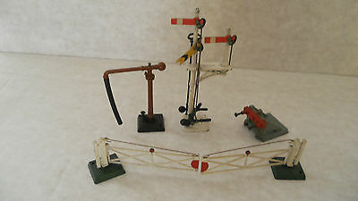 Hornby Maccano Crescent Signal Buffer Level Crossing water Crain all metal