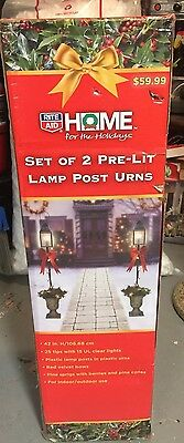 NEW Set of 2 4FT Lighted Christmas Lamp Post Urns Wreath Red Bow Lighted Holiday