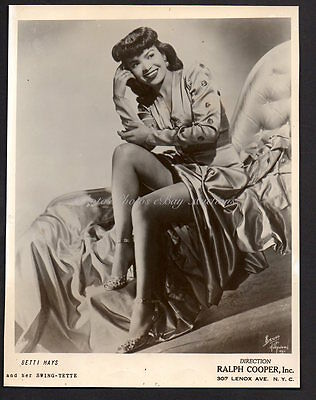 BETTI MAYS singer dancer actress VINTAGE ORIG PHOTO sexy leggy portrait