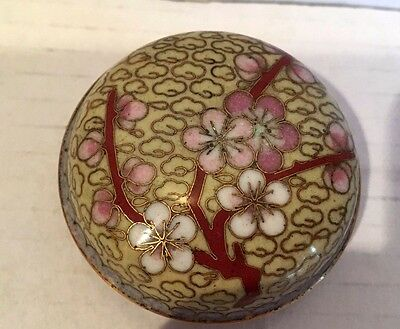 Chinese Cloisonne Powder Trinket Box  Colour Enamel Blossom & Gold Wires Vintage