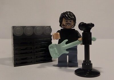 Lego Custom Rock Star with Guitar, Amp, and Mic! Dave Grohl