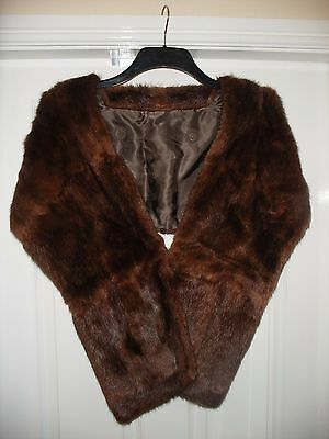 Vintage Mink Stole With A Pocket On Each Side Of The Front