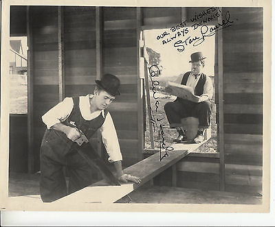 Laurel and Hardy STAN LAUREL OLIVER HARDY signed autographed movie photo UACC RD