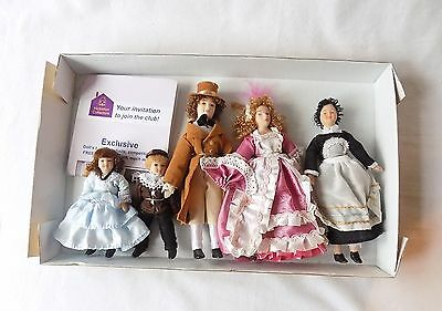 Hickletons Dolls House  Family & Maid, Georgian, Victorian Costumes New & Boxed.