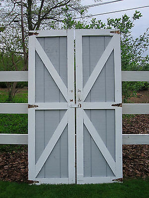 Vtg Pair Salvaged 'x' Horse Stable Cow Barn Shed Wood Doors Hinge Or Slide Hang