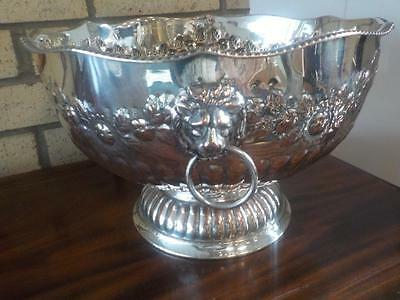 Vintage Fine Quality Silver Plate On Copper Punch Bowl
